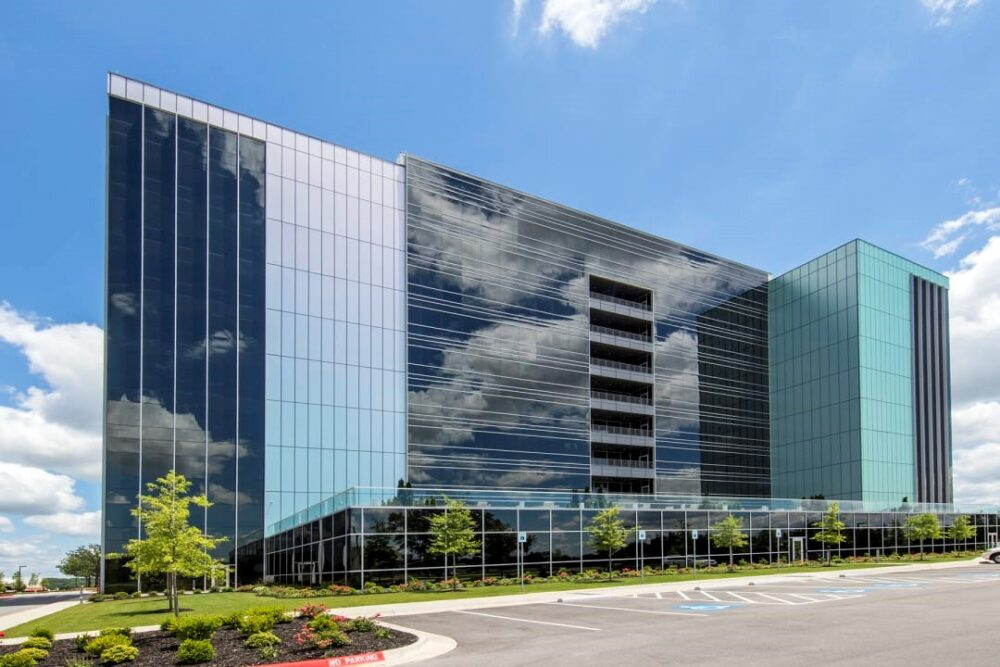 طراحی نمای ساختمان اداری - آریاز دیزاین
