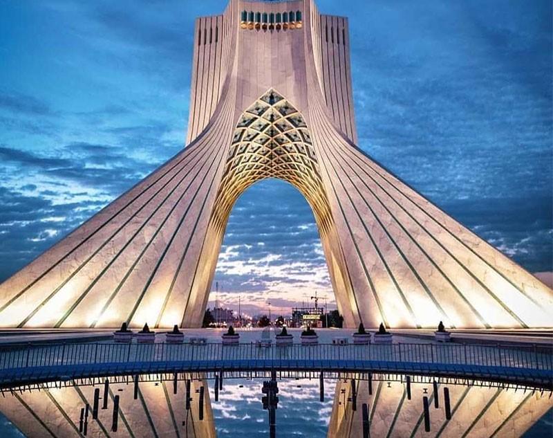 حسین امانت خالق و طراح برج آزادی