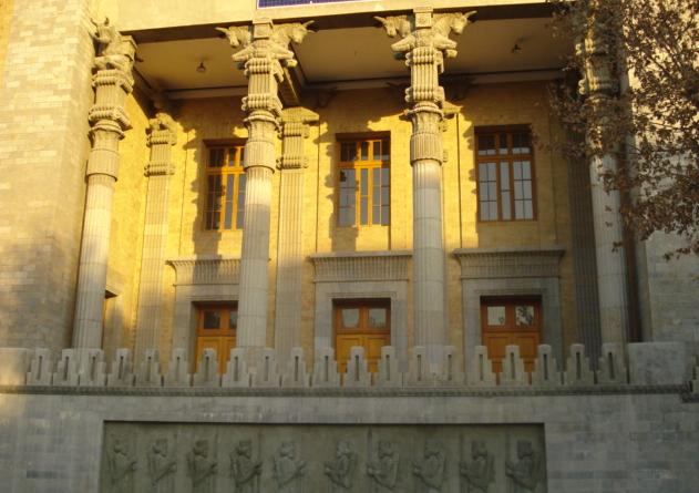 تلفیق نمای رومی و ایرانی-آریاز دیزاین